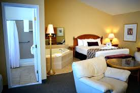 New York Home Design Trends by Room Hotels With Jacuzzi In Room New York Luxury Home Design