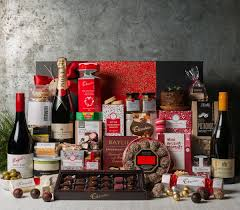 christmas gift baskets family christmas basket ideas the gift for family and partners
