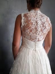 robe de mariã e dentelle dos héléne désirait une robe de mariée classique et romantique avec un