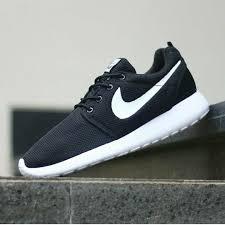 Sepatu Nike sepatu nike roshe run elevenia