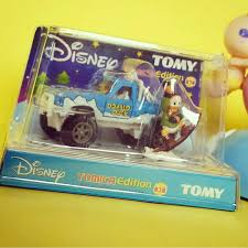 tomica toyota hilux jual tomica disney tomy toyota hilux bigfoot donald duck