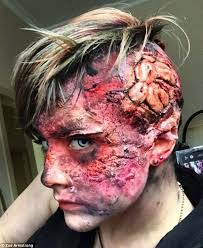 Special Effects Makeup Schools In Ohio Special Effects Artist Zoe Armstrong Shows Off Her Work On