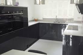 cuisine gris anthracite cuisine facade cuisine gris anthracite plan de travail blanc et