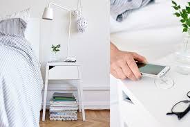 cómo puedes asistir a ikea maras con un presupuesto mínimo ikea saca al mercado muebles que cargarán los móviles