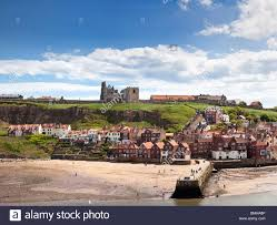 whitby abbey harbour stock photos u0026 whitby abbey harbour stock