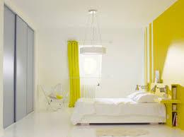 chambre peinte la peinture jaune pour une chambre c est chouette