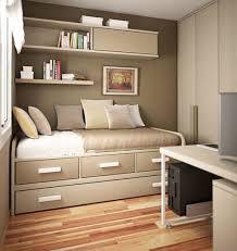 desain kamar tidur 2x3 contoh desain kamar tidur dengan ruangan kecil desain rumah di