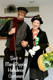 Halloween Costumes For Couples 15 Diy Couples And Family Halloween Costumes Onecreativemommy Com