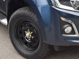 isuzu dmax lifted isuzu d max single cab accessories 2017 on 4x4 accessories u0026 tyres