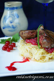 cuisiner des foies de volaille salade de choucroute tiede et foies de volaille au confit d