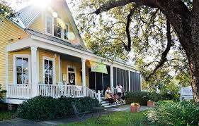 gulf coast cottages a mississippi gulf coast travel guide vogue
