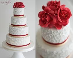 christmas wedding cakes christmas wedding cake snowflake cupcakes