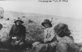 Wyoming Travel Girls images The w on laramie 39 s w hill jpg