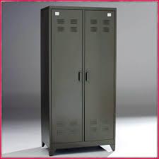armoire metallique chambre armoire metallique chambre décoration 228642 armoires idées