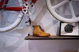 a beginner u0027s guide to cycling shoes apexbikes com