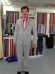 what color shirt with light grey suit pink and grey suit suit la