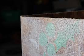 Krylon Textured Spray Paint - diy christmas seasonal porch decor flower box