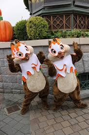 disneyland paris characters chip n dale chip and dale