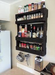 meuble à épices cuisine étagère palette 49 idées et un tutoriel pour la fabriquer
