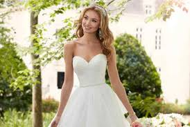 wedding dreses wedding dress photos wedding dresses pictures weddingwire