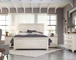 Zurich 4 Piece Bedroom Set 4 Piece Sleigh Bedroom Set In Dark Red Brown 4 Piece Bedroom Set