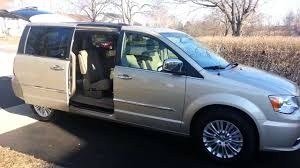chrysler town u0026 country automatic stow and go seats youtube