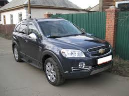 chevrolet captiva interior 2009 chevrolet captiva u2013 pictures information and specs auto