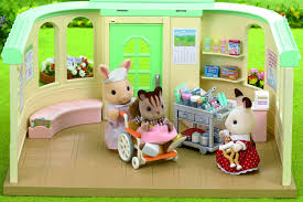 sylvanian families country nurse set amazon co uk toys u0026 games