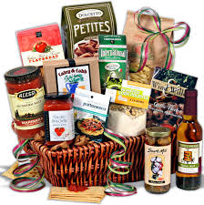 Food Gift Basket Ideas Best Christmas Gift Baskets To Give To Your Loved Ones This