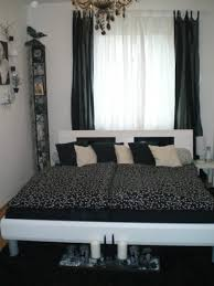 schlafzimmer schwarz wei schlafzimmer schwarz weiß mein domizil zimmerschau