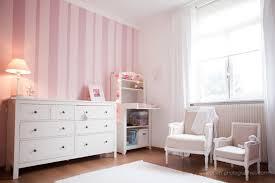chambre fille et blanc emejing chambre bebe fille blanche images matkin info matkin info