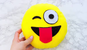 diy emoji pillows 2 no sew and sew u0026 glue method with pictures