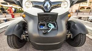 renault twizy vs smart fortwo renault twizy ev review autoevolution