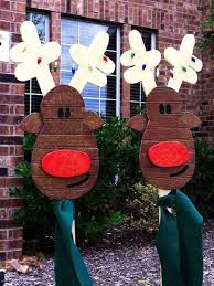Outdoor Wooden Reindeer Christmas Decorations by Diy Christmas Decorations Christmas Celebrations