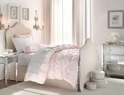 blending modern vintage bedroom into freshnist
