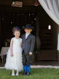 western wedding with rustic décor at the oldest barn in iowa