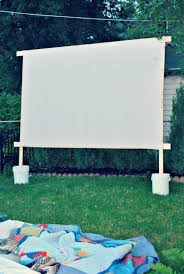 diy outdoor movie screen for those warm summer nights backyard