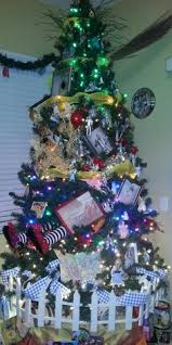 wizard of oz tree i that same tree topper and some of the