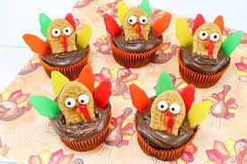 thanksgiving turkey cupcakes recipe just plum