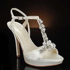 vera wang wedding shoes shoes from the past talisman by vera wang it s all about the