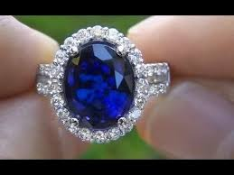 blue sapphires rings images Rare kate middleton blue sapphire engagement ring auctioned on jpg