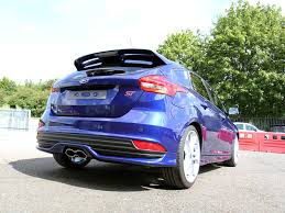 ford focus st 3 durabead protection for a impact blue ford focus st 3