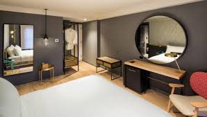 Hip Manhattan Hotels Pod 51 Luxury Hotel In Times Square Midtown Manhattan Time Hotel New York