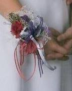Prom Wristlets Making Wrist Corsages Thriftyfun