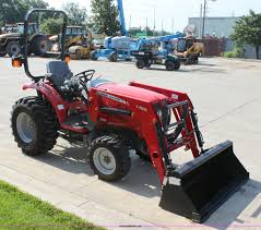 massey ferguson 1529 mfwd tractor with loader item a3688