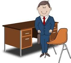 bureau enseignant gestionnaire d enseignant entre la chaise et le bureau vector