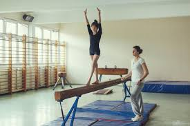 easy diy instructions on how to build a balance beam at home
