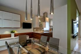 cuisine aire ouverte une cuisine moderne au centre d une aire ouverte colobar