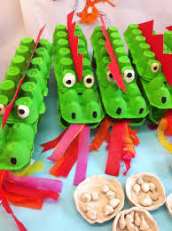 eierkarton krokodil u2026 basteln pinterest egg cartons craft
