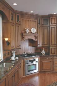 cleaning oak kitchen cabinets cleaning wood kitchen cabinets how to clean kitchen cabinets